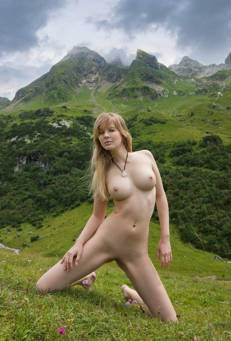 Nude sex with sunbath