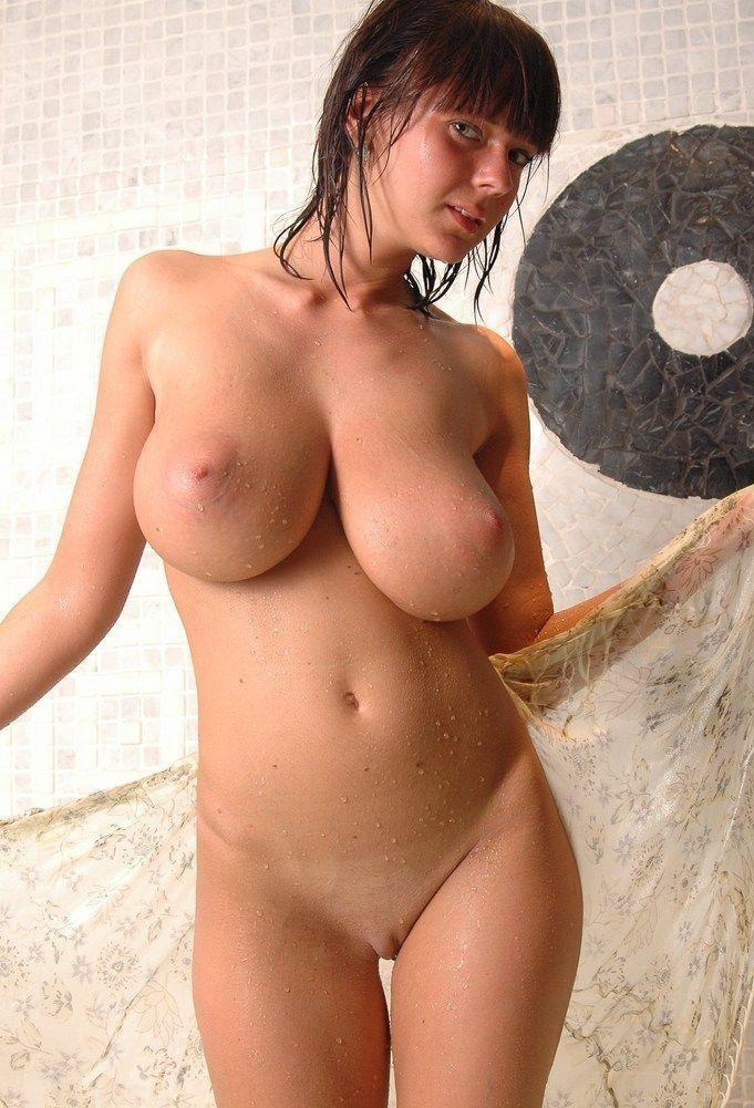 голая грудь яндекс фото