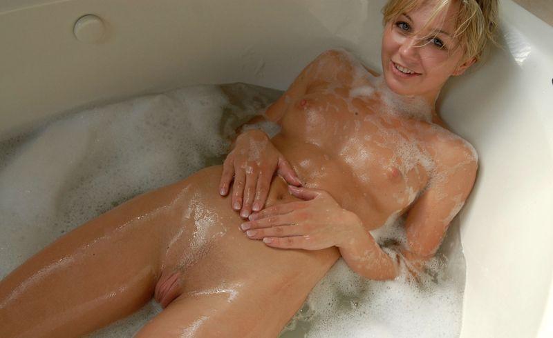 голые в ванной фото