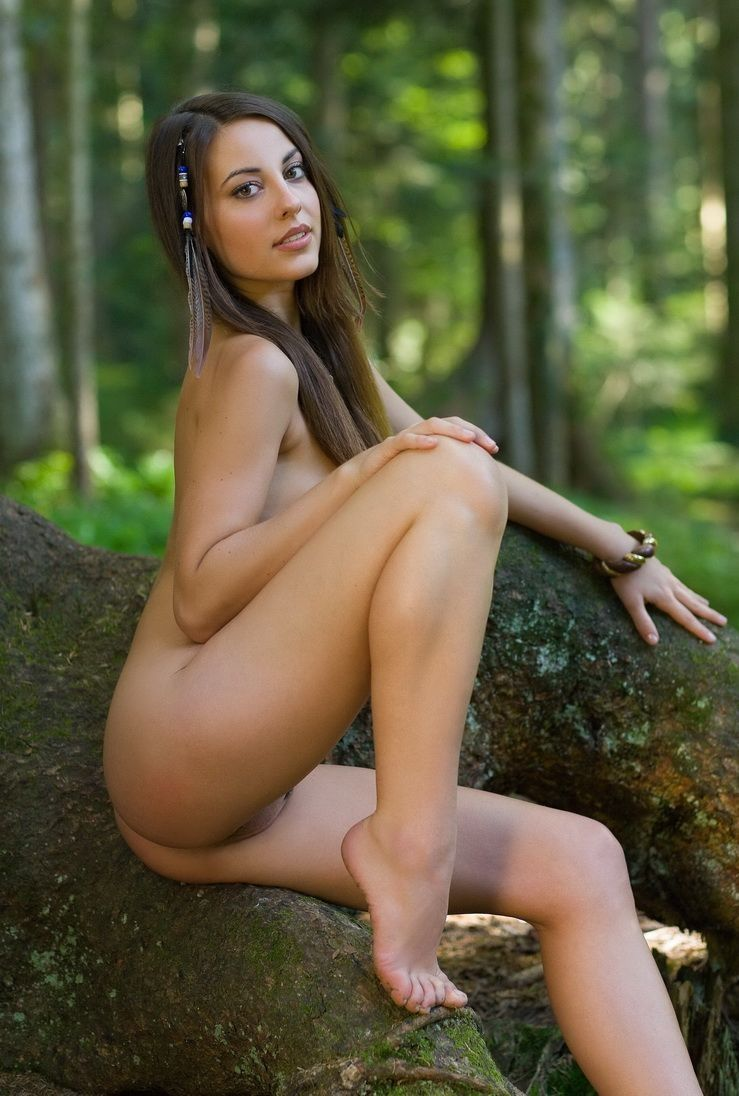 Babes - Young Brunette Girl With A Handmade Hair Jewelry -2246