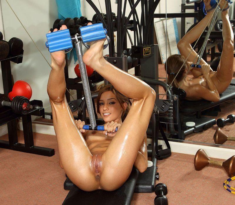 Себя механическим качественная порнуха спорт огромным фаллосом