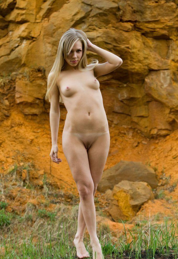 фото писанка голая