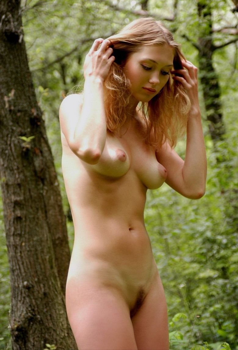 Real pics of young blonde country girls naked #8