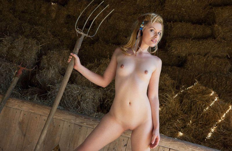 Развратные девчонки на ферме домашний секс крупный
