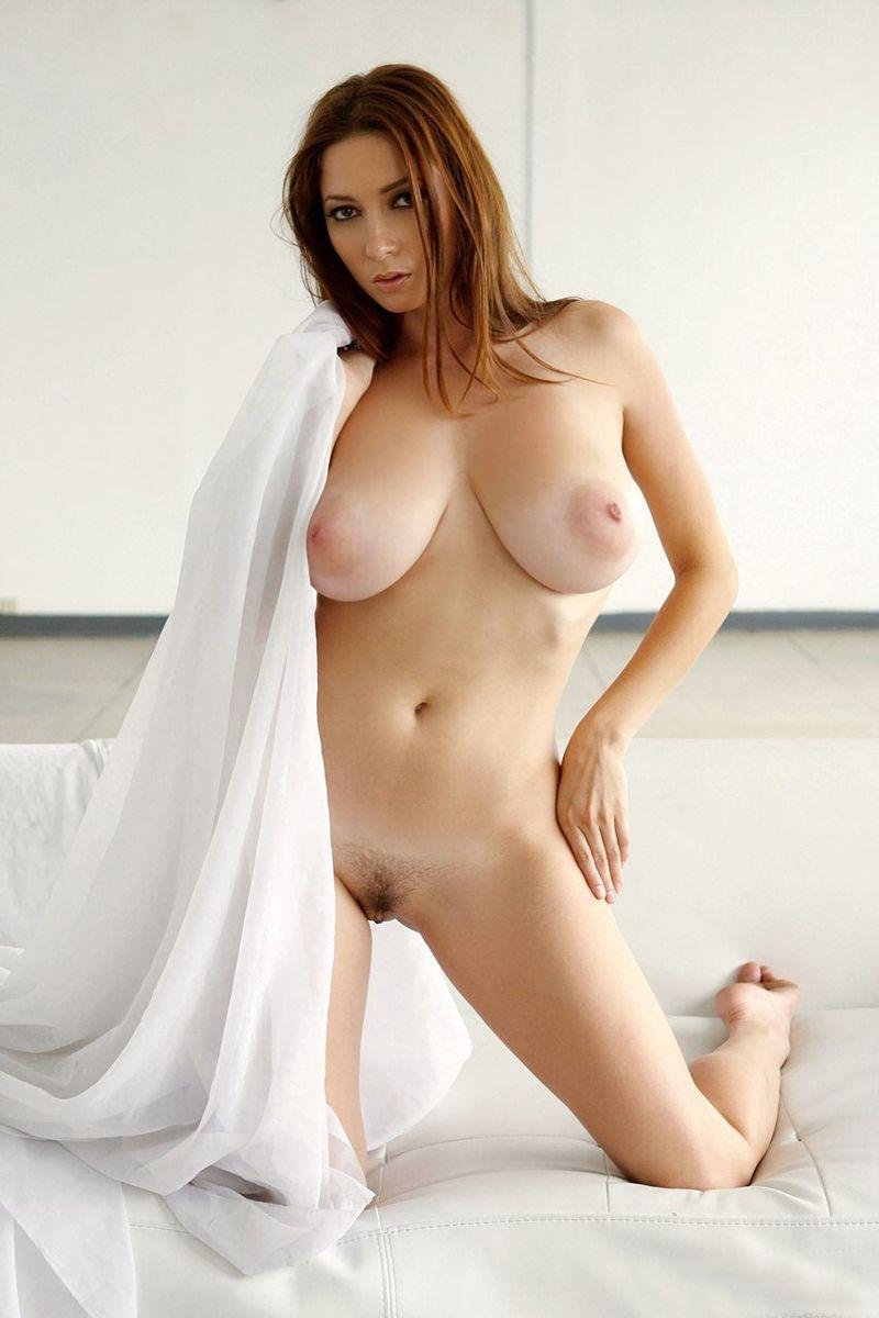 Мэри голые белокожие девушки с натуральными большими грудями