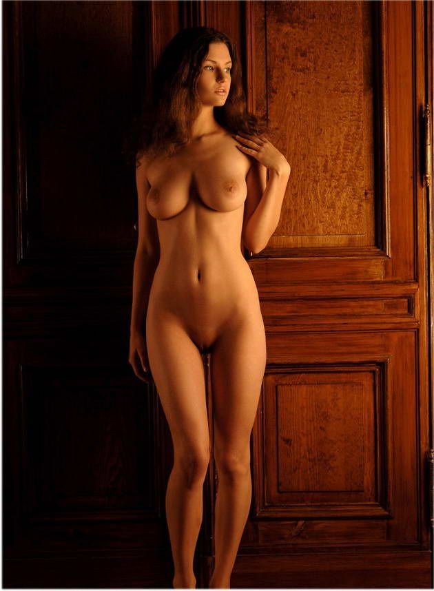 Фото стройных голых