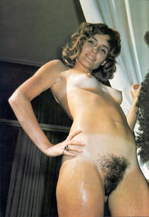 Hairy Vintage Voluptuous Ladies Posing In Sexy Stockings