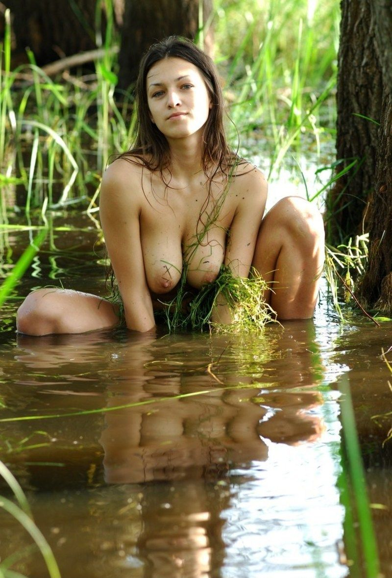 Softcore swamp bayou scene pierced clit erotic pic