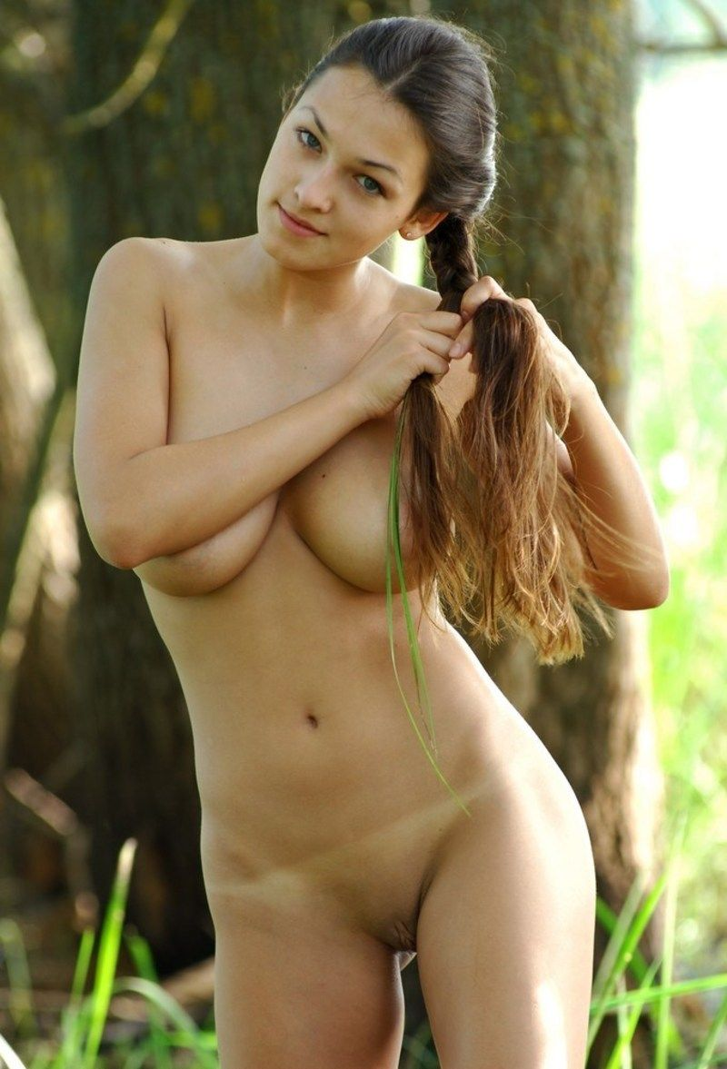 Nude girl in swamp porno photo