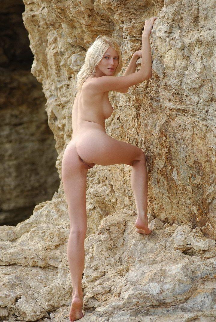 Sweet Blonde On The Rocks At Shore Zemani Pornstreams 1