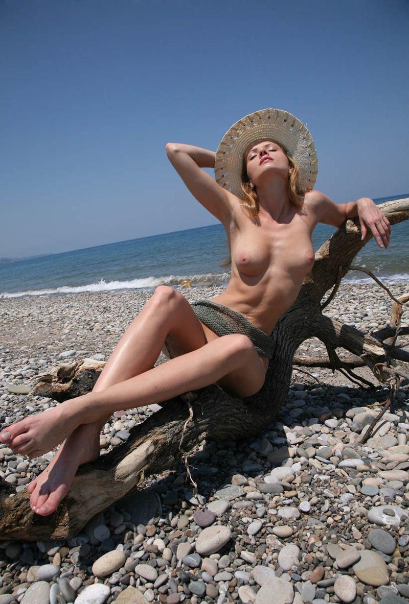 Для дикий пляж на реальных событиях голые сперме картинки