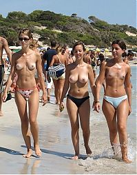 Nake.Me search results: naked girl naturists on a nude beach